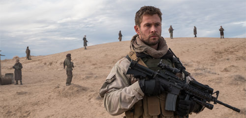 12 Strong mit Chris Hemsworth als Mitch Nelson