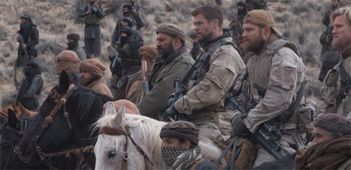 12 Strong Green Berets reiten in die Schlacht