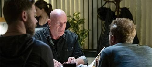 Acts of Violence mit Bruce Willis als Cop