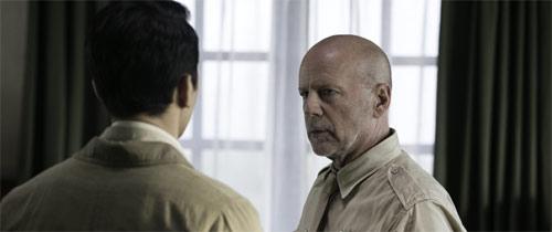 Air Strike mit Bruce Willis
