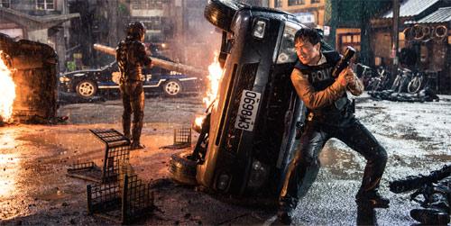 Bleeding Steel mit Jackie Chan in der Eröffnungsaction-Szene