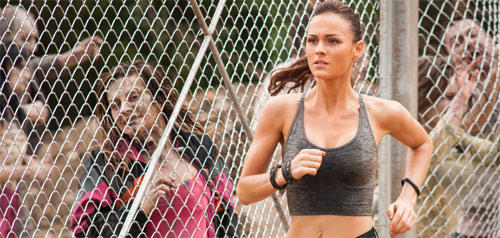 Day of the Dead: Bloodline Sophie Skelton Jogging