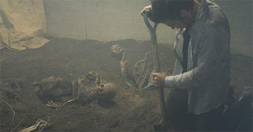 Evils - Haus der toten Kinder Skelette im Keller