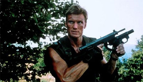 Dolph Lundgren als Warchild in Fight of the Dragon