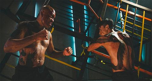 Max Zhang und Anderson Silva im Fight