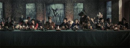 Iron Sky: The Coming Race Abendmahl mit Schurken