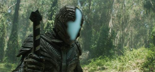 Außerirdischer im Nicolas Cage und Tony Jaa Actionfilm