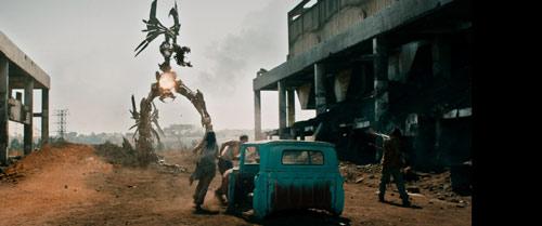 Maschinenland Aliens kämpfen gegen Menschen