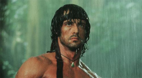 Rambo II mit Sylvester Stallone im Regen