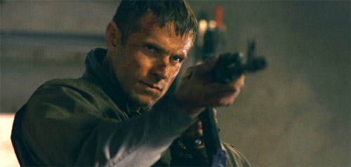Search and Destroy Dylan Bruce als John Cutter