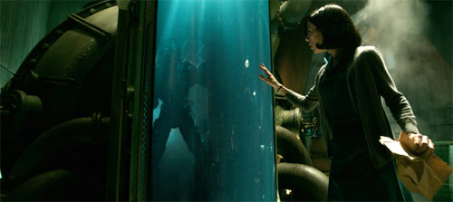 Shape of Water Sally Hawkins entdeckt Monster