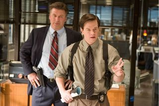 Mark Wahlberg und Alec Baldwin in Departed