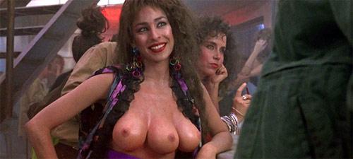 """Die Dame mit den drei Brüsten in """"Total Recall""""."""